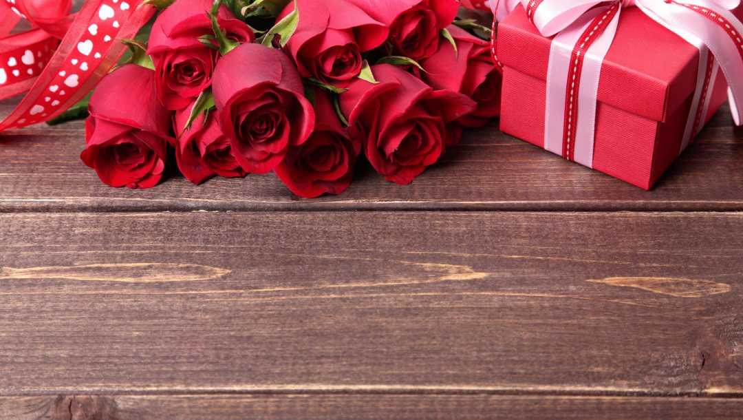 романтика,roses,День святого валентина,Valentine's Day,Red,beautiful,romance,лента,gift,colorful,подарок