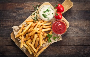 rosemary,french fries,sauce tomatoes,Portion