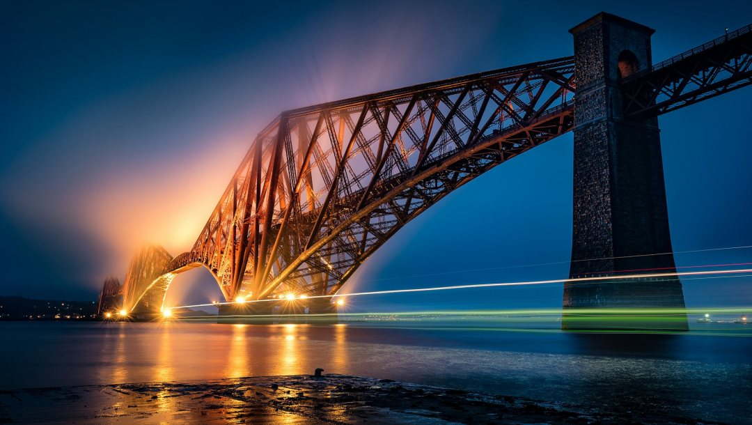 forth bridge,scotland,light trail