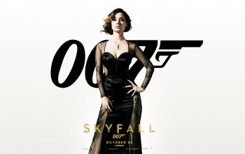 berenice,marlohe,movie,Skyfall