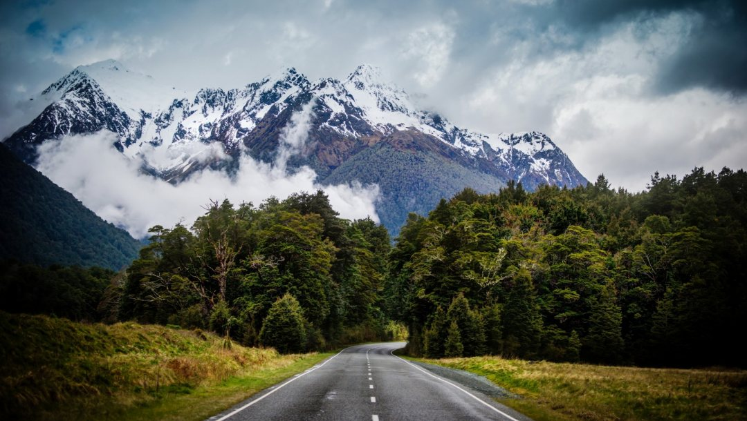 mountains,Road
