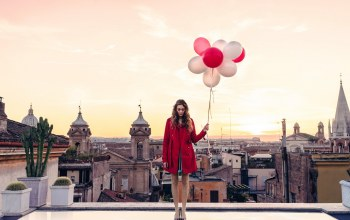 Roof,Twilight,Sunset,balloons,italy,dusk,rome,girl