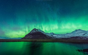 northern,mountain,lights