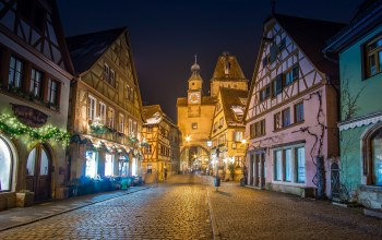 Rothenburg ob der Tauber,ворота,Башня Маркустурм,бавария,германия,Ротенбург-об-дер-Таубер,Markusturm tower,дома,Rödergasse,улица,Germany,Bavaria,мостовая,здания,башня