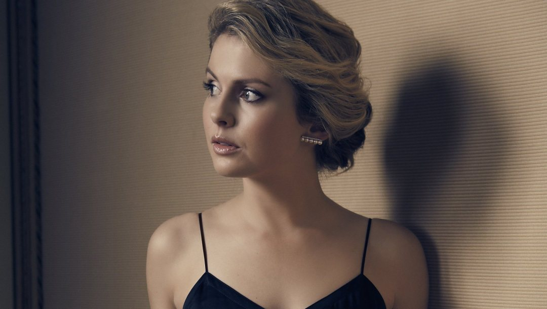 former Power Ranger,PowerRanger,Power Rangers RPM,girl,rose mciver,the cw,Liv Moore,Izombie,blonde,Face,once upon a time,Ranger,rose mciver