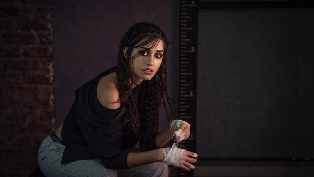 pose,actress,smile,sexy,Disha Patani,Face,hair,figure,bollywood,beautiful,girl,cute,makeup,celebrity,beauty,eyes,lips,pretty,brunette