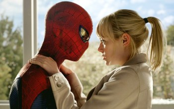gwen,Stacy,Spider