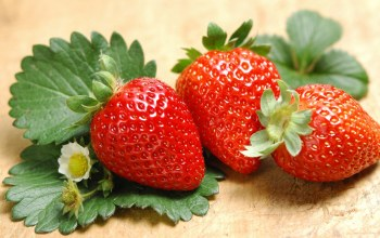 cute,leaves,Strawberry,with