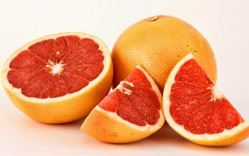 sliced,grapefruit