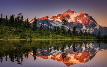 montain,reflection