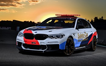 2018,safety car,Bmw m5,мигалки,motogp