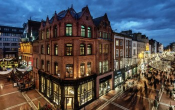 people,ireland,evening,buildings,palaces,shops,lights,houses,Twilight,dublin,streets
