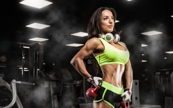 music headphones,pose,russian dumbbell,female