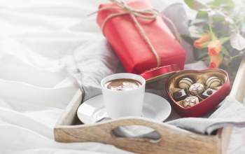 coffee,Valentine`s day,breakfast,конфеты,heart,gift,chocolate,roses