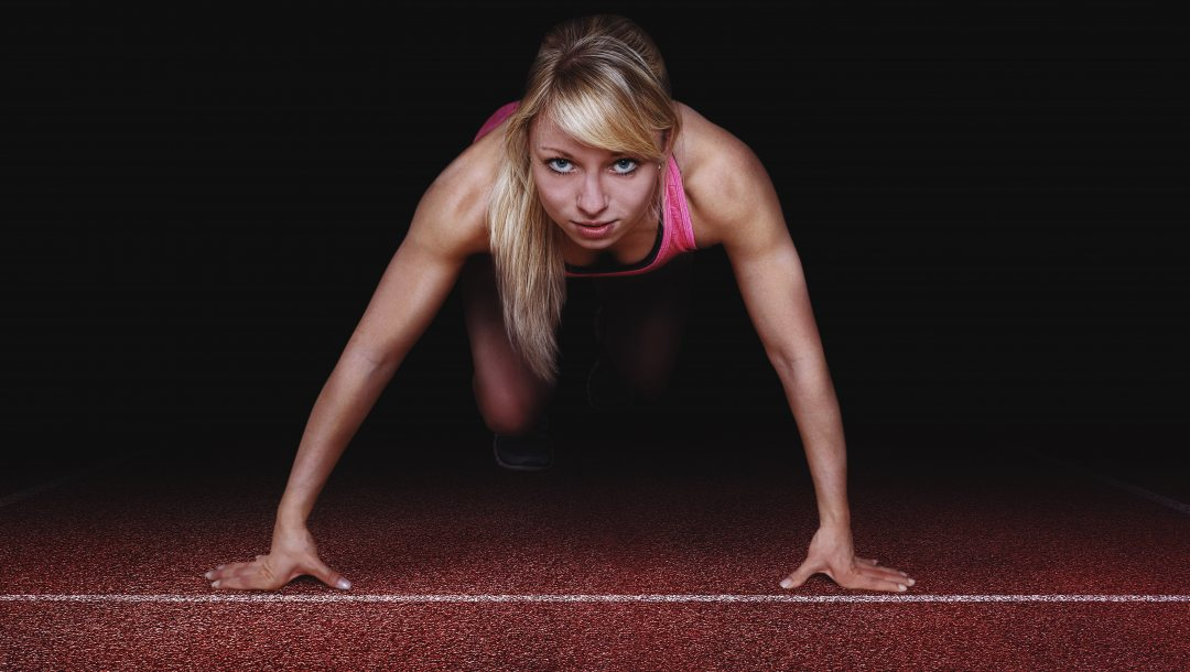 pose starting position,woman,muscular,Athlete