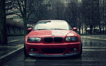 Red,in,the,Bmw,rain