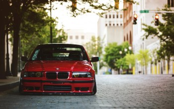 the,Bmw,street,Red