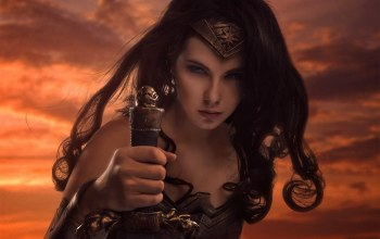 dc comics,wonder woman,cosplay,sword,cinema,armor,movie,gauntlet,strong,Themyscira,blade,blue eyes,brunette,film