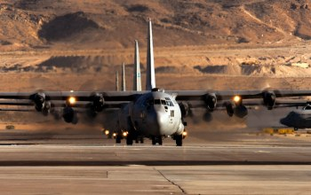 130,Lockheed,off,for,hercules,take,ready