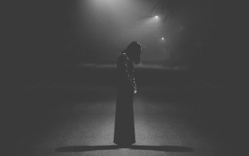 woman,street,loneliness,light,Shadows,darkness,dress,Melancholy,lamp posts