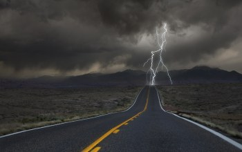 highway,lightning