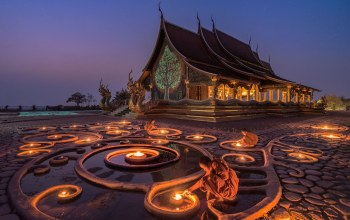 мьянма,myanmar,Glow in the Dark,temple,Buddhism,lights,monk,Korawee Ratchapakdee