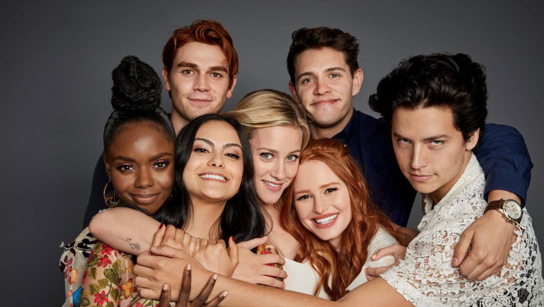 Kevin Keller,Ривердэйл,Josie McCoy,Casey Cott,Camila Mendes,Betty Cooper,Cheryl Blossom,Jughead Jones,K.J. Apa,Lili Reinhart,Madelaine Petsch,Cole Sprouse,Riverdale,Veronica Lodge,Archie Andrews,Ashleigh Murray