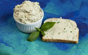хлеб,Vegan cashew spread