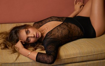 look,Couch,lips,gq magazine,actress,hair,girl