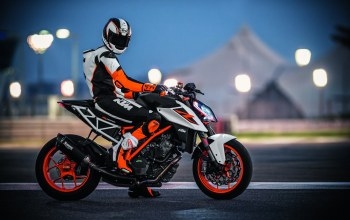 racer,Track,Red,uniform,KTM 1290 Super Duke,orange,lights