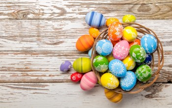 holiday,Easter,basket,happy,wood,spring,яйца крашеные,корзина,eggs,colorful