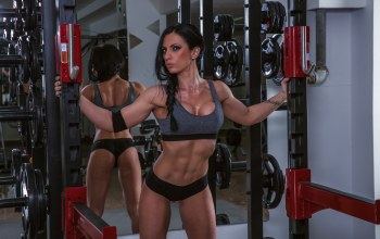mirror,pose,bodybuilder,female,workout