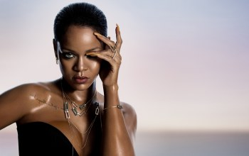 pose,look,wet,rihanna,singer,fashion