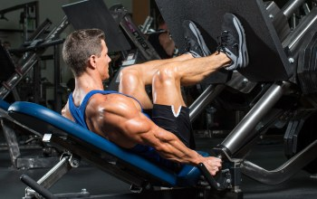 exercise machine,bodybuilding,bodybuilder