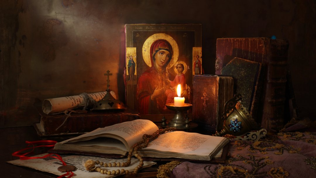 книги и свечи,Still Life with icon,books and candle,Натюрморт с иконой