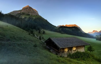 austria,Sunrise at Tirol