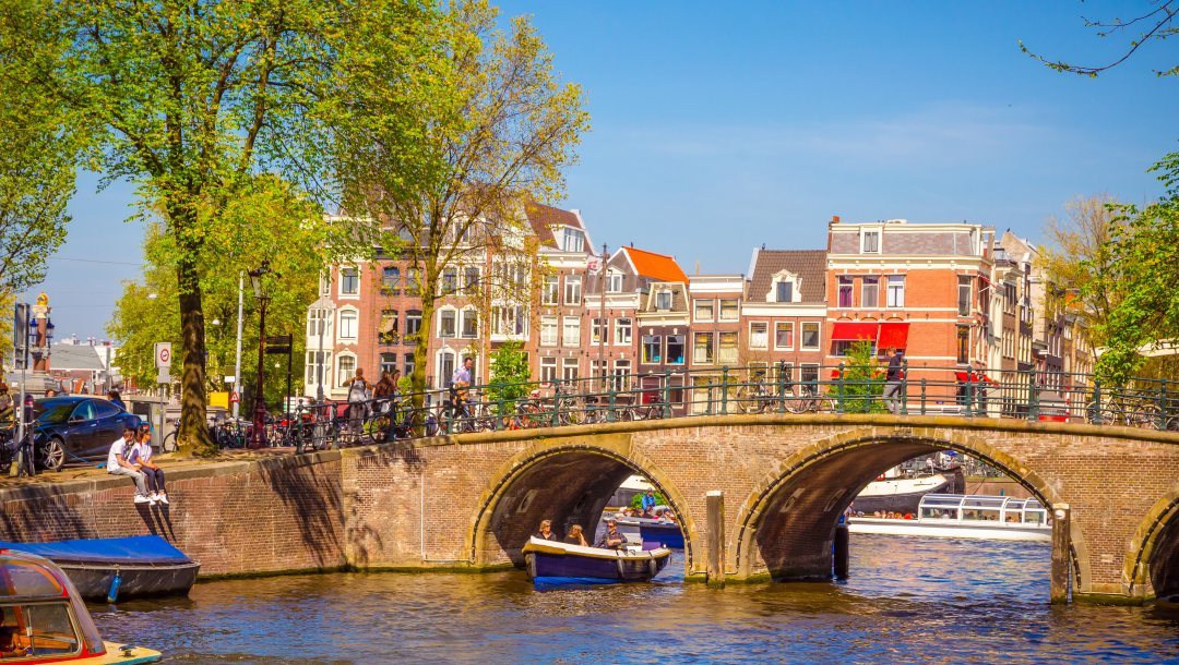buildings,spring,Amsterdam,old,bridge,netherlands,Весна