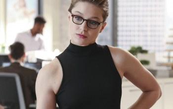 очки,serial,glasses,girl,The CW Television Network,dc comics,комиксы,Кара,actress,look,beauty,Мелисса Бенойст,the cw,актриса,Melissa benoist,Supergirl,Супергёрл