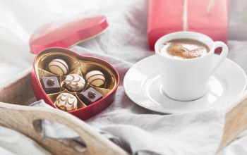 gift,coffee,конфеты,breakfast,Valentine`s day,chocolate