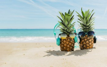 sand,cute,beach,море,очки, пляж,отдых,лето,funny,pesok,#Sea,vacation,ананас,headphones,summer,pineapple,наушники,happy,sunglasses,каникулы