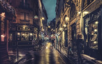 paris,#night,everyday life,urban scene,Cityscape,Walking,france,lamps,street,people,shops,sidewalk