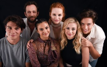 K.J. Apa,Fred Andrews,Riverdale,Lili Reinhart,Archie Andrews,Camila Mendes,Cole Sprouse,Ривердэйл,Betty Cooper,Luke Perry,Veronica Lodge,Jughead Jones,Madelaine Petsch,Cheryl Blossom