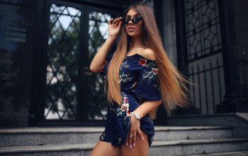 miniskirt,photo,lips,portrait,dress,girl,miidress,legs,model,Face,pose,straight hair,long hair,depth of field,sunglasses,juicy lips,looking at camera,brunette,mouth,bare shoulders