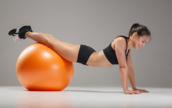 workout,female,Фитнесс,Ball