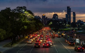 rush,dusk,Cityscape,Rush Hour,Twilight,urban scene,Buenos Aires,everyday life,people,cars,#night,skyscrapers,argentina,traffic