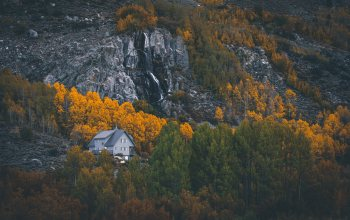 isolated,forest,2k widescreen background,landscapes,mountains,Deserted,house,rocks,autumn,home,trees