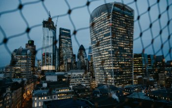 London skyline,metropolis,4k ultra hd background,city,урбан,Cityscape,architecture,london,buildings,lights,skyscrapers,evening,fence