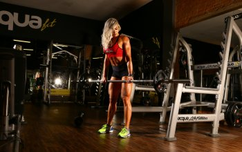 blonde,bodybuilder,workout,Angela Borges
